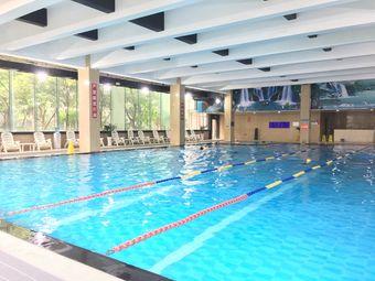 领峰恒温游泳馆