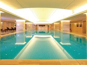 豪布斯卡大酒店游泳馆